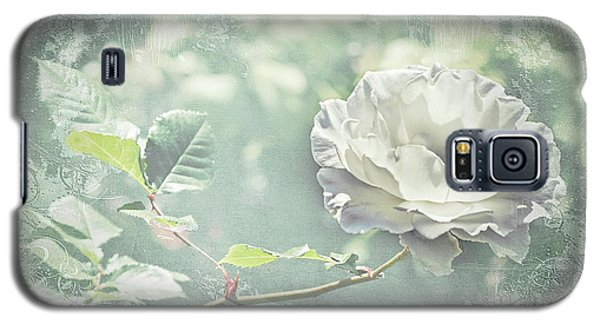 Galaxy S5 Case featuring the photograph Thoughts Of You by Linda Lees