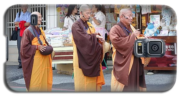 Galaxy S5 Case featuring the photograph Three Buddhist Monks Chant Scriptures by Yali Shi