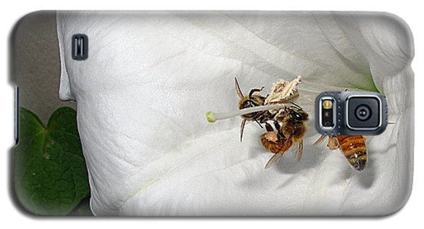 Galaxy S5 Case featuring the photograph Three Busy Bees by Joyce Dickens