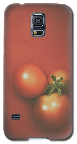 Three Cherry Tomatoes Galaxy S5 Case by Scott Norris