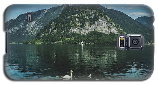 Three Lake Hallstatt Swans Galaxy S5 Case