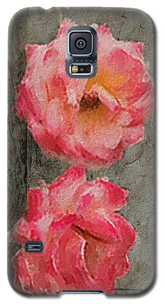 Galaxy S5 Case featuring the digital art Three Roses by Dale Stillman