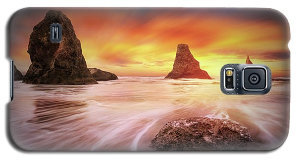 Three Sisters With One Sun Galaxy S5 Case