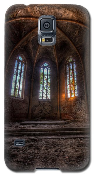 Three Tall Arches Galaxy S5 Case by Nathan Wright