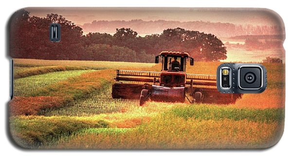 Swathing On The Hill Galaxy S5 Case