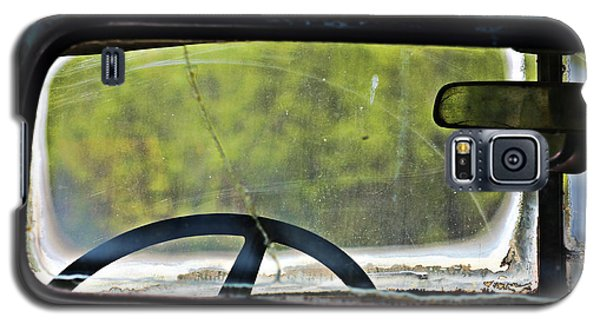 Through The Back Window- Antique Chevrolet Truck- Fine Art Galaxy S5 Case