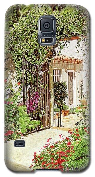 Beverly Hills Galaxy S5 Case - Through The Garden Gate by David Lloyd Glover