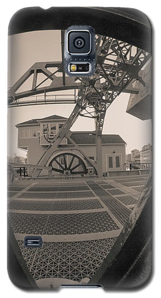 Through The Gear In Mystic Ct Galaxy S5 Case