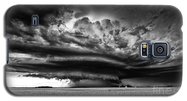 Thunder On The Prairies Galaxy S5 Case by Dan Jurak