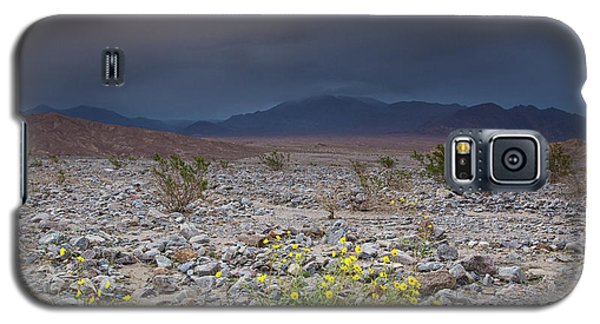 Thunderstorm Over Death Valley National Park Galaxy S5 Case