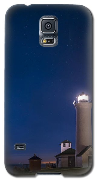 Galaxy S5 Case featuring the photograph Tibbets Point Light Night by Mark Papke