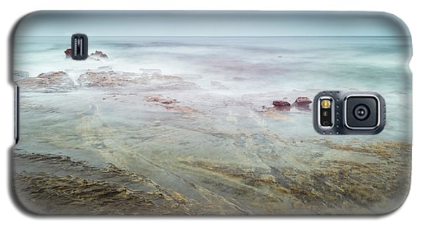 Galaxy S5 Case featuring the photograph Tidal Games by Alexander Kunz