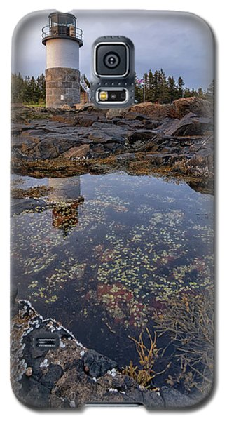 Tide Pools At Marshall Point Lighthouse Galaxy S5 Case