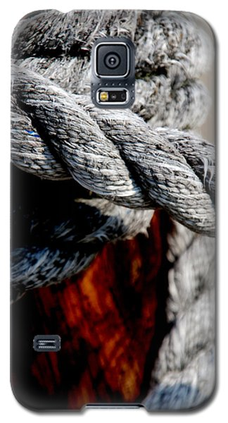 Galaxy S5 Case featuring the photograph Tied Together by Susanne Van Hulst