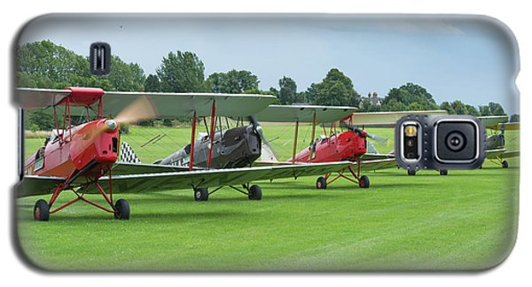 Galaxy S5 Case featuring the photograph Tiger Moths Formation Shutdown by Gary Eason