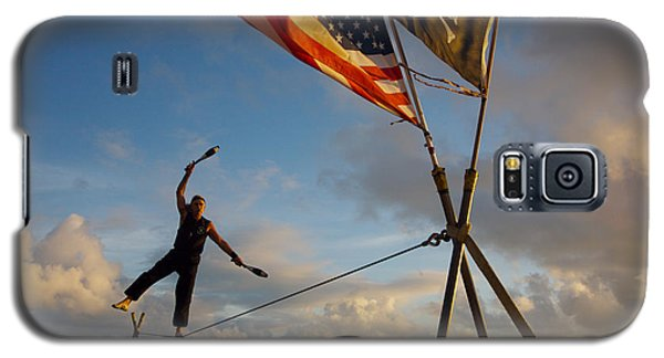 Tight Rope Walker In Key West Galaxy S5 Case by Carl Purcell