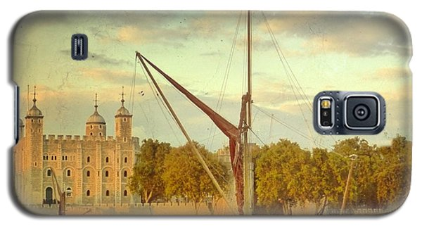 Galaxy S5 Case featuring the photograph Time Travel by LemonArt Photography