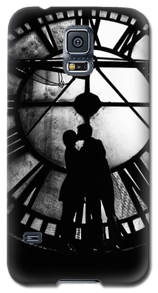 Galaxy S5 Case featuring the photograph Timeless Love - Black And White by Marianna Mills