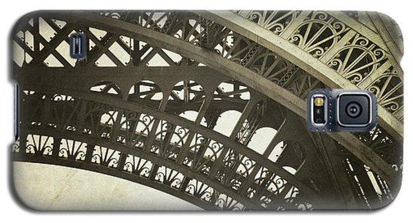Timeless - Vintage Paris Eiffel Tower Photography Galaxy S5 Case by Melanie Alexandra Price