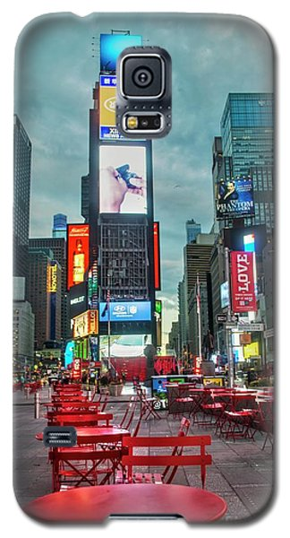Times Square Tables Galaxy S5 Case by Timothy Lowry