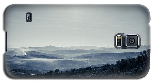 To A Peaceful Valley Galaxy S5 Case by Andrea Mazzocchetti