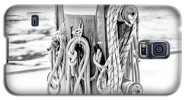 Galaxy S5 Case featuring the photograph To Sail Or Knot by Greg Fortier