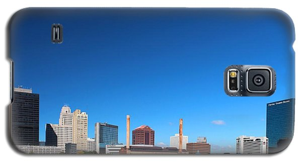 Galaxy S5 Case featuring the photograph Toledo Skyline I by Michiale Schneider