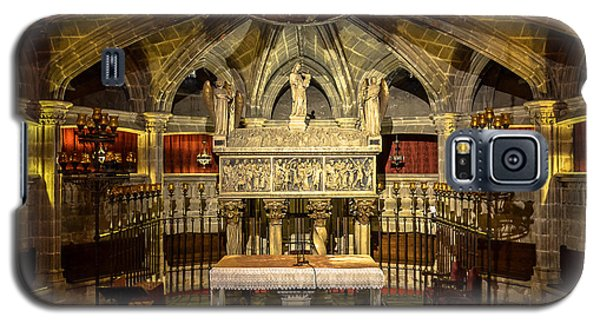 Tomb Of Saint Eulalia In The Crypt Of Barcelona Cathedral Galaxy S5 Case