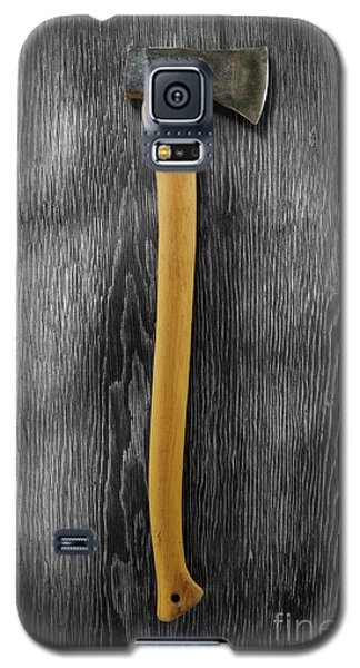 Galaxy S5 Case featuring the photograph Tools On Wood 12 On Bw by YoPedro