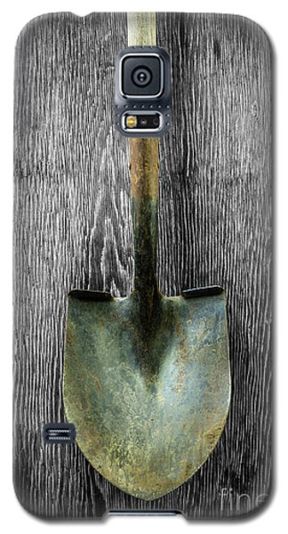 Galaxy S5 Case featuring the photograph Tools On Wood 15 On Bw by YoPedro