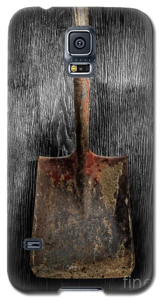 Galaxy S5 Case featuring the photograph Tools On Wood 4 On Bw by YoPedro