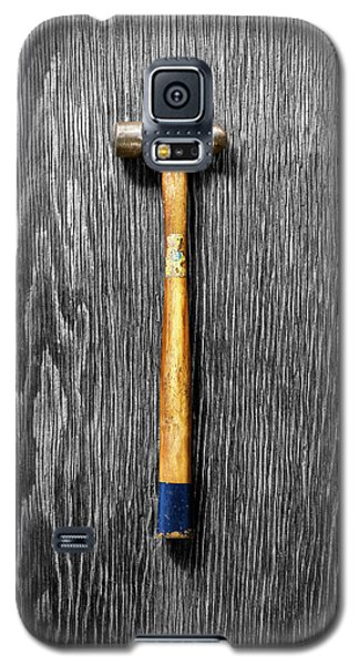 Galaxy S5 Case featuring the photograph Tools On Wood 51 On Bw by YoPedro