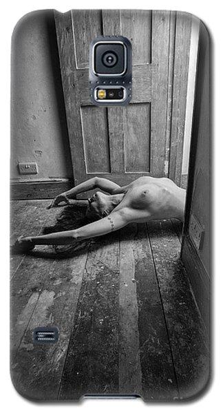 Topless Woman In Doorway Galaxy S5 Case