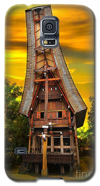 Galaxy S5 Case featuring the photograph Toraja Architecture by Charuhas Images