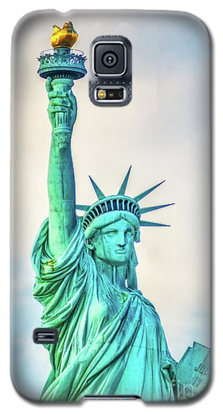 Galaxy S5 Case featuring the photograph Torch Of Liberty by Nick Zelinsky