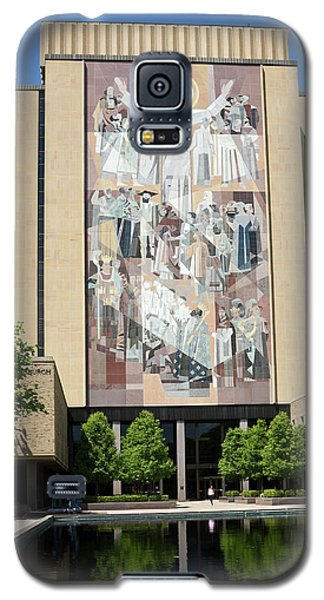 Touchdown Jesus Mural Galaxy S5 Case by Sally Weigand