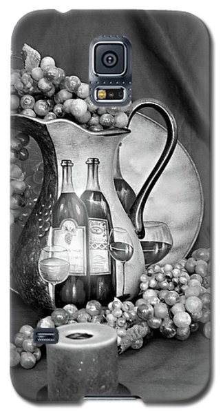 Galaxy S5 Case featuring the photograph Tour Of Italy In Black And White by Sherry Hallemeier