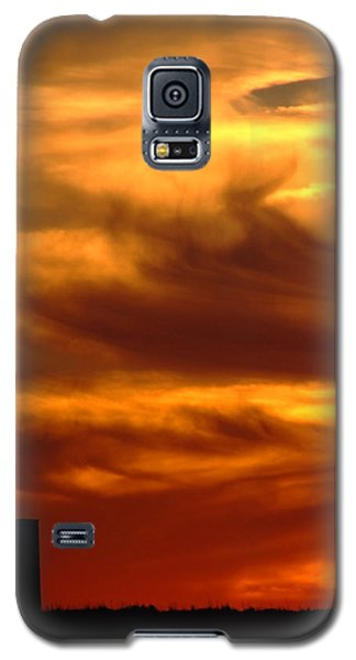 Tower In Sunset Galaxy S5 Case