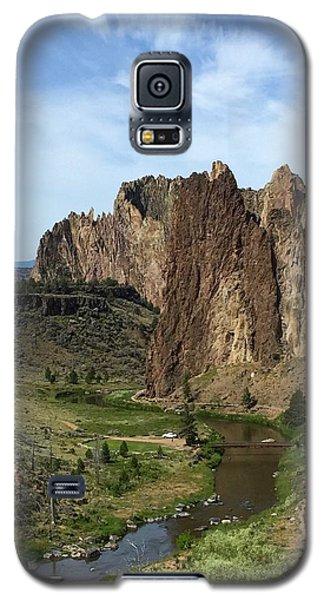 Towering Smith Rocks Galaxy S5 Case
