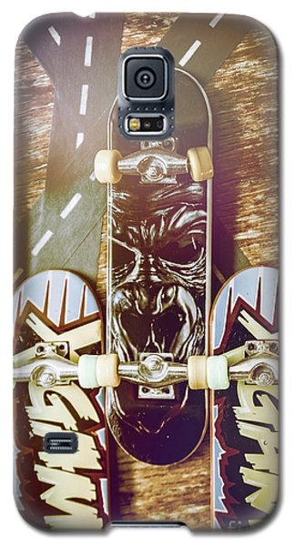 Truck Galaxy S5 Case - Toy Skateboards by Jorgo Photography - Wall Art Gallery