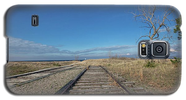 Galaxy S5 Case featuring the photograph Tracks To Lake Michigan  by John McGraw