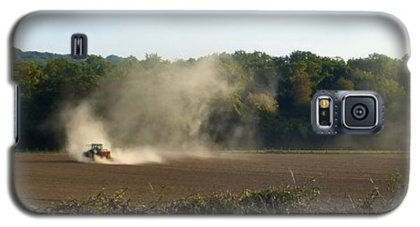Galaxy S5 Case featuring the photograph Tracteur Enfume by Marc Philippe Joly