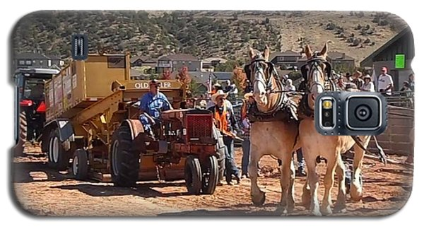 Tractors And Draft Horses Pulling Galaxy S5 Case