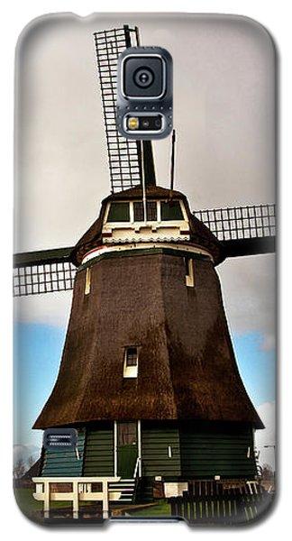 Traditional Dutch Windmill Near Volendam  Galaxy S5 Case