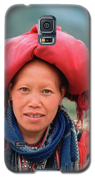 Traditional Fashion Of A Red Dzao Woman Galaxy S5 Case