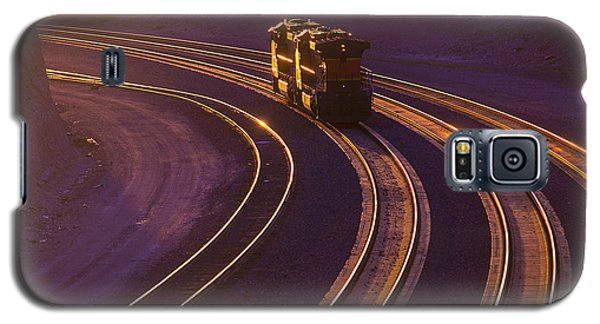 Train Galaxy S5 Case - Train At Sunset by Garry Gay