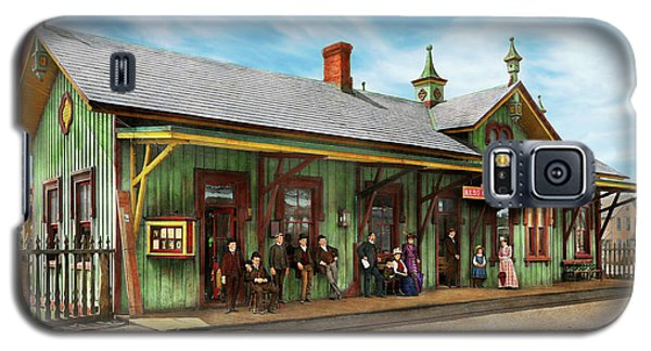 Galaxy S5 Case featuring the photograph Train Station - Garrison Train Station 1880 by Mike Savad