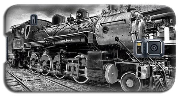 Train - Steam Engine Locomotive 385 In Black And White Galaxy S5 Case by Paul Ward
