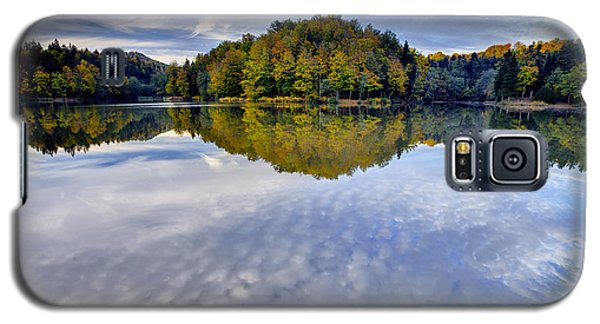 Trakoscan Lake In Autumn Galaxy S5 Case