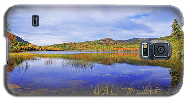 Galaxy S5 Case featuring the photograph Tranquil by Chad Dutson